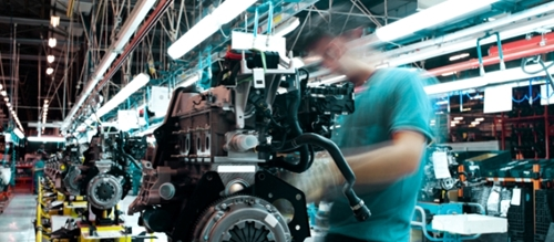 Smart manufacturing has many benefits for the industry, including improving sustainability.