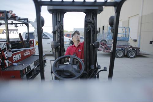 Warehouse employers willing to train forklift operators