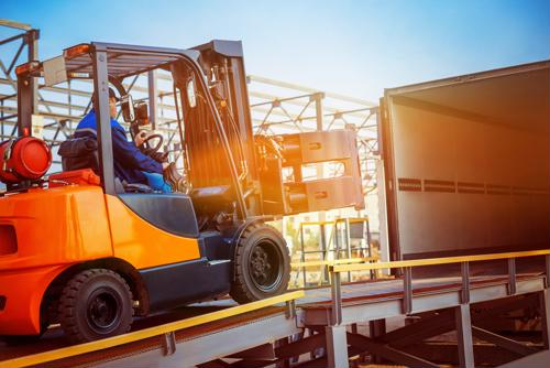 5 ways to boost forklift safety