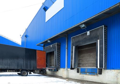 5 ways to help boost loading dock safety