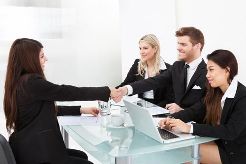 7 ways to make a good impression when interviewing candidates