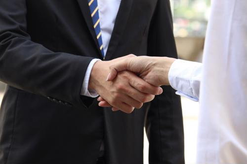 5 keys when greeting a hiring manager