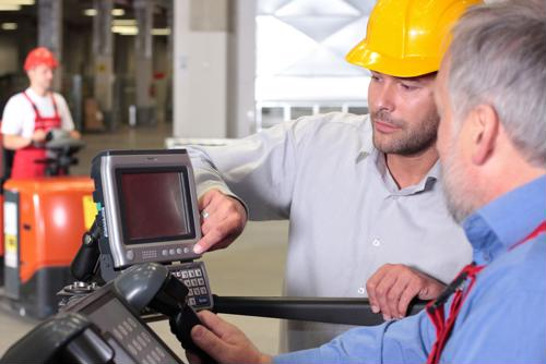 5 ways to improve warehouse worker retention