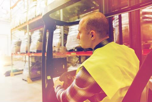7 forklift safety tips for your warehouse