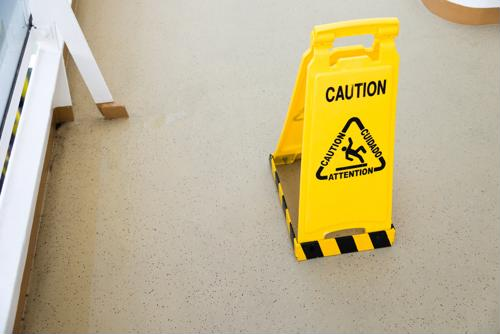 8 ways to prevent slip-and-fall incidents in your warehouse