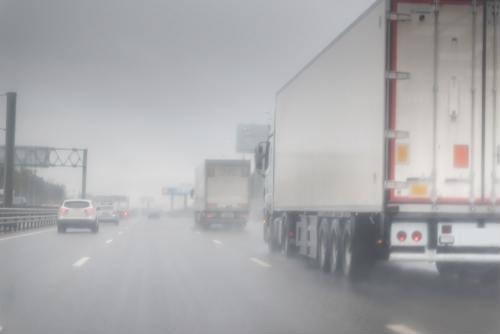 7 tips for driving in the rain